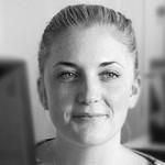 Laura Shelley headshot